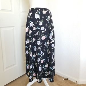 Kathie Lee Flowery Maxi Skirt Size 10